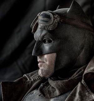 New Shot of Batman in Desert Gear