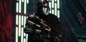 Star Wars: The Force Awakens Dark Comic-Con Photo