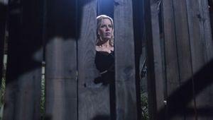Kim Dickens in Fear the Walking Dead, Episode 3