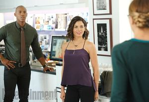First Look at Jenna Dewan Tatum as Lucy Lane in 'Supergirl'