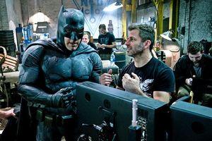 Zack Snyder directs Batman
