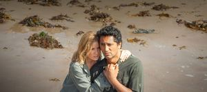 Cliff Curtis and Kim Dickens in Fear the Walking Dead Episod
