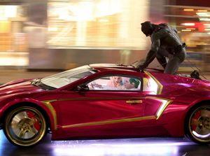 Batman fights the Joker in Road Battle