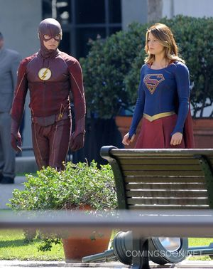 First set photos from The Flash/Supergirl crossover