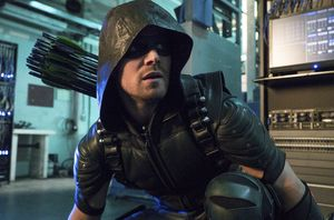 It's The Arrow Alumni Reunion! Arrow Season 4, Episode 12 Review
