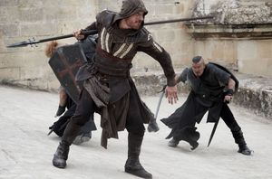 Michael Fassbender in action in this new image from 'Assassi