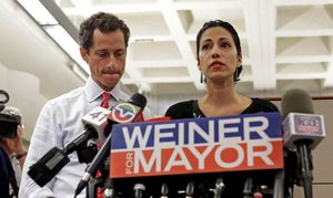 Anthony Weiner and His Wife Face the Media
