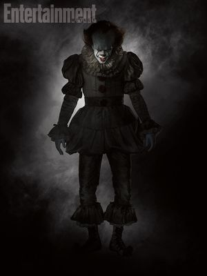 New and creepy photo of Pennywise shows him in full costume