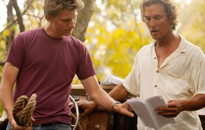 Jeff Nichols and Matthew McConaughey on the set of MUD