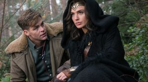 Steve Trevor (Chris Pine) and Diana Prince (Gal Gadot)