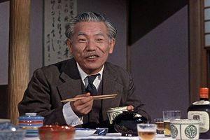 The Gourd, Hirayama's old school teacher
