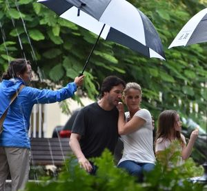 On the set of Replicas - Keanu Reeves and Alice Eve