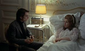 Antoine (Jean-Pierre Léaud) and Christine (Claude Jade) in