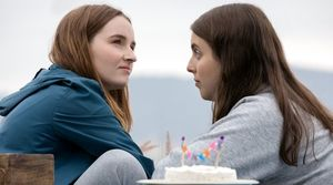 Kaitlyn Dever and Beanie Feldstein