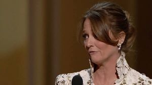 Melissa Leo Curses During Her Acceptance Speech