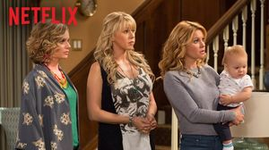 Official trailer for Netflix Comedy 'Fuller House'