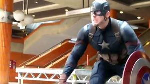 Captain America: Civil War Featurette -Black Panther Chase