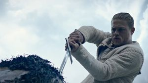 King Arthur: Legend of the Sword - Official Comic-Con Traile…