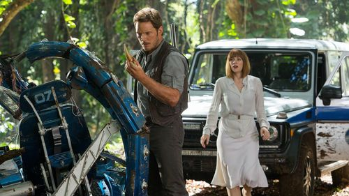 'Jurassic World' Top of Box Office for Fourth Straight Week; 'Terminator Genisys' Struggles
