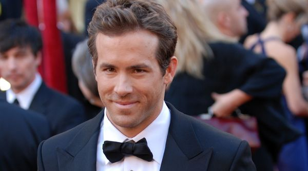 Fox announce Ryan Reynolds is set to play 'Deadpool'