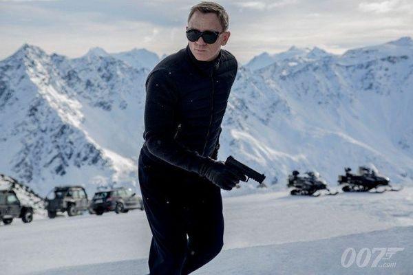 New James Bond Movie Spectre Gets A Teaser Poster
