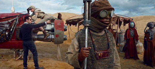 """It's so good, I wish I were making it"" - J.J. Abrams on Rian Johnson's Star Wars Episode VIII Script"