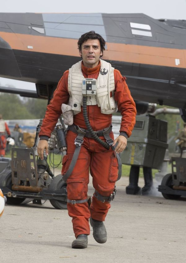Which Character Was Originally Planned to Die in Star Wars: Force Awakens?