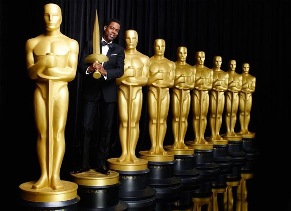 Chris Rock Teases Oscars Show with #Blackout Tweet