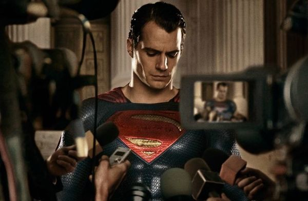 'Batman v Superman' Expected to Fall Short of Warner Bros.' Earnings for 'Man of Steel'