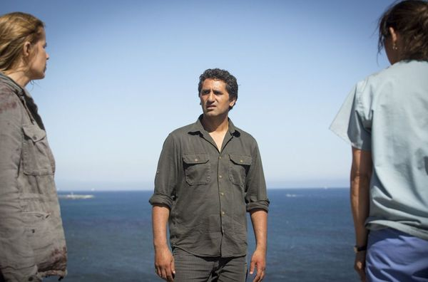 'Fear the Walking Dead' Showrunner describes how the show can remain unique
