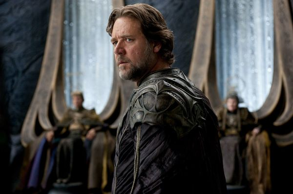 Russell Crowe on Jor-El's Absence in 'Batman v Superman,' and Where he Thought the Franchise was Going