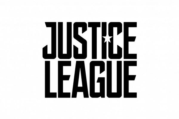 Julian Lewis Jones joins 'Justice League'