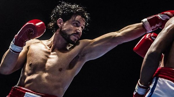 """Hands of Stone"" Review"