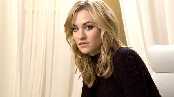 Yvonne Strahovski Joins 'The Predator'
