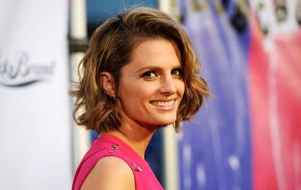 """Stana Katic Nearing Deal To Star In Sony TV's """"Absentia"""""""