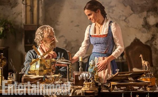 Emma Watson Reveals Belle's New Backstory in 'Beauty and the Beast'