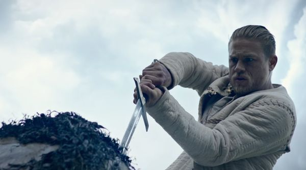 King Arthur: Legend of the Sword (2017) Review