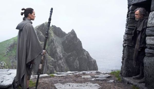 Star Wars: The Last Jedi (Exclusive Images - courtesy EW)