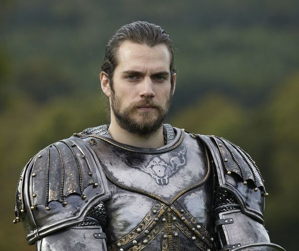Henry Cavill will star in Netflix's new fantasy series 'The Witcher'