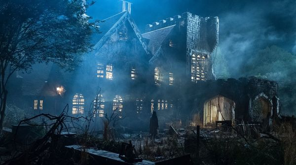 Mike Flanagan's 'Hill House' Follow-up is officially titled 'The Haunting of Bly Manor'