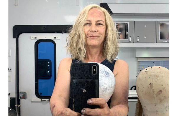 Jamie Lee Curtis shares first pic on the set of 'Halloween Kills'