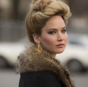 Jennifer Lawrence's fancy hair