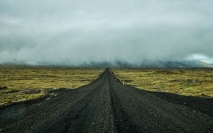 Long road, dark sky, Noah