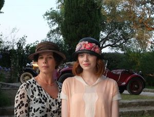 Woody Allen directs Emma Stone in Magic In The Moonlight