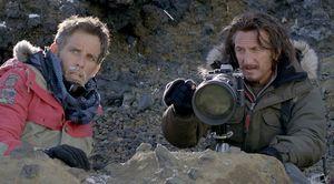 Sean Penn with huge lens