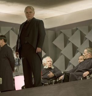 Philip Seymour Hoffman is actually in Hunger Games: Catching