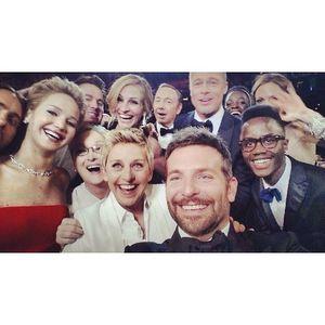 Ellen DeGeneres' Oscars selfie, retweeted by 1million!