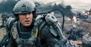 Tom Cruise as soldier Bill Cage in battle