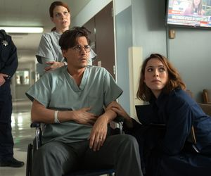 Johnny Depp with his wife in the hospital in Transcendence