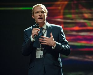 Paul Bettany speeching as Max Waters in Transcendence
